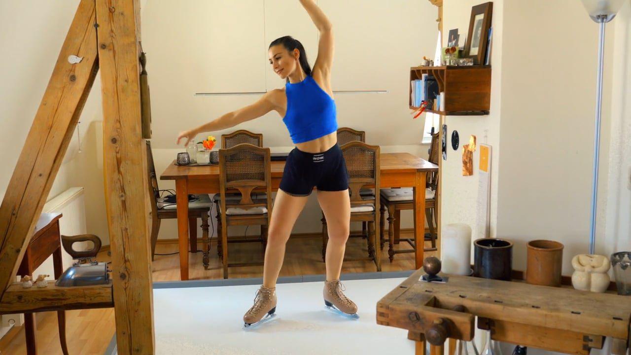 アイスリンクが閉まっていてお困りですか?Gliceの家庭用合成氷でスケートができます!