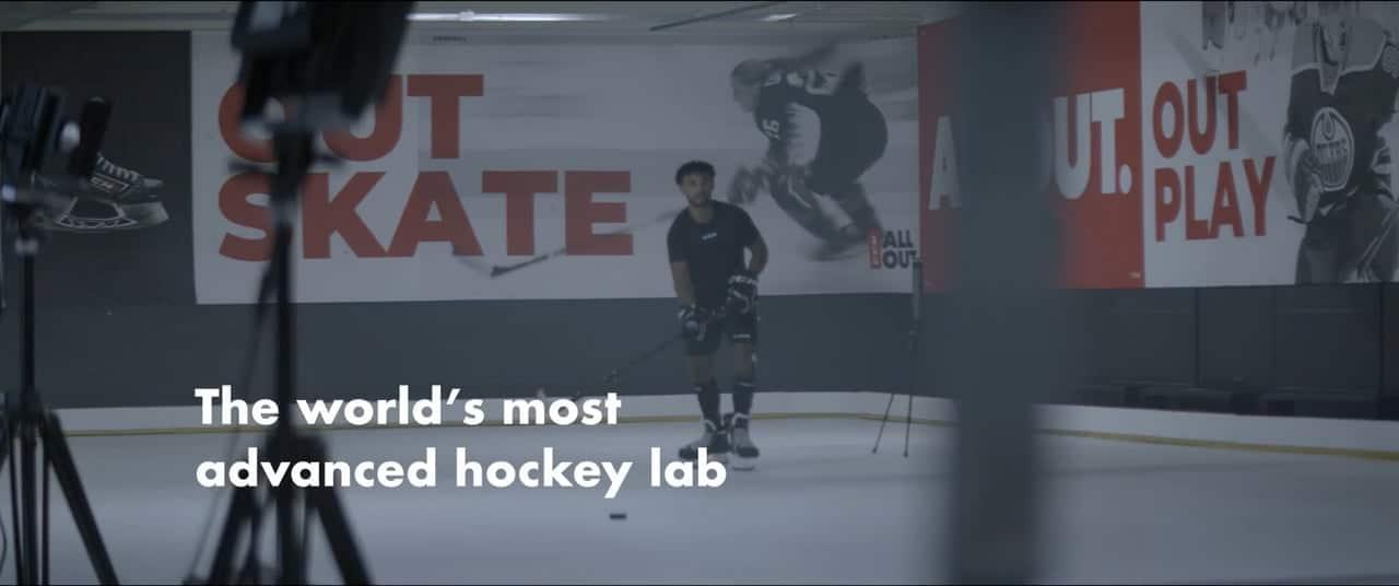 CCM en Glice kunststof ijs: 's werelds meest geavanceerde hockey testfaciliteit!