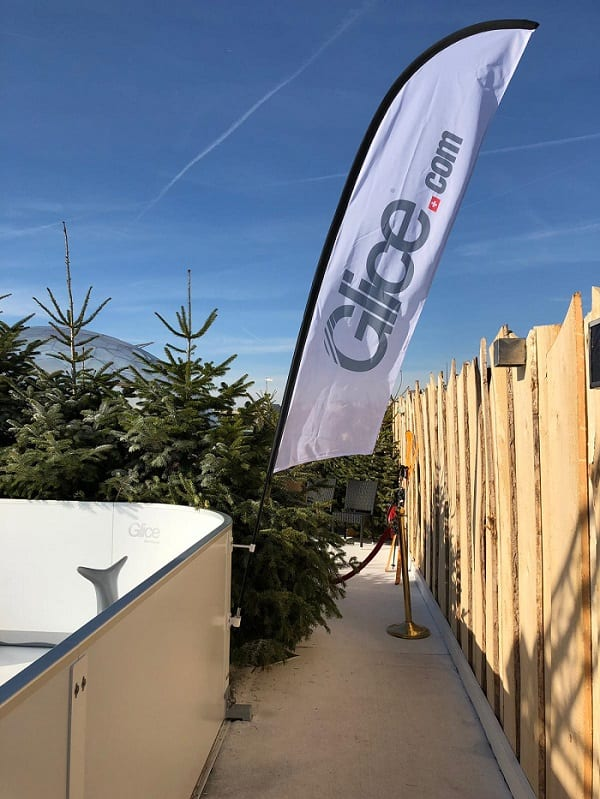 Looking Good – Corner Flags for your Glice® Synthetic Ice Rink
