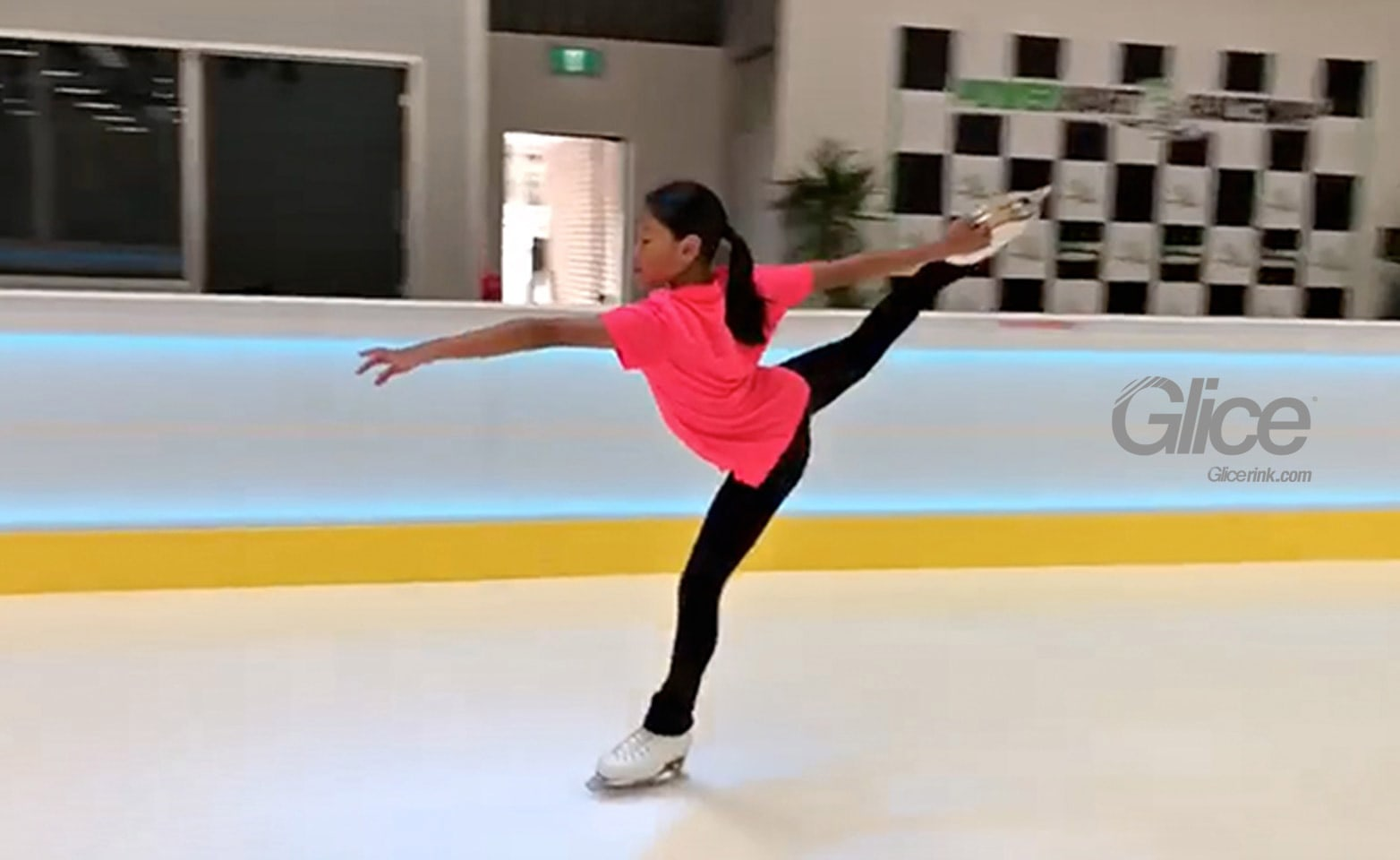 Figure skating performance on artificial ice on German TV show