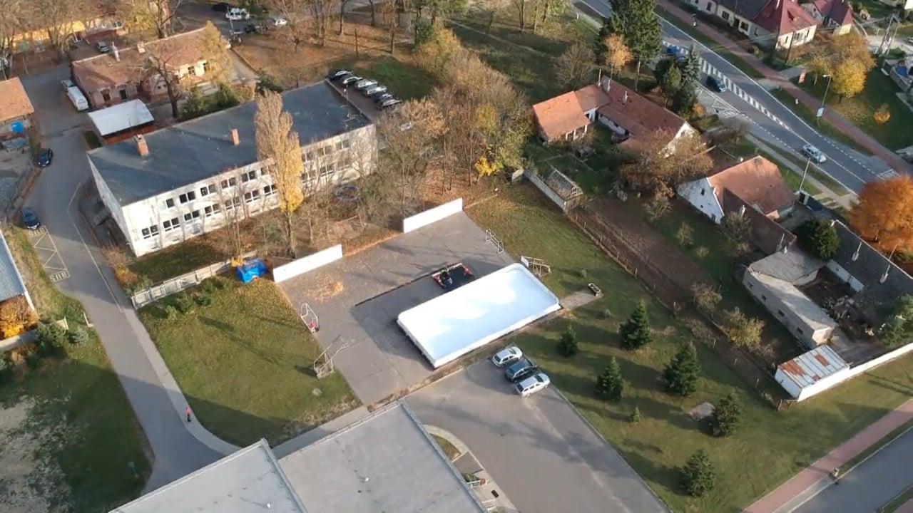 Glice® Kunsteisbahn von einer Drone aus gesehen