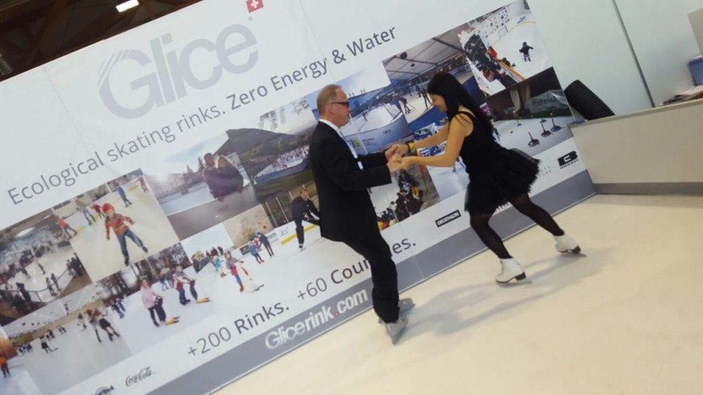 glice-synthetic-ice-team-in-municipal-trade-show-austria-1