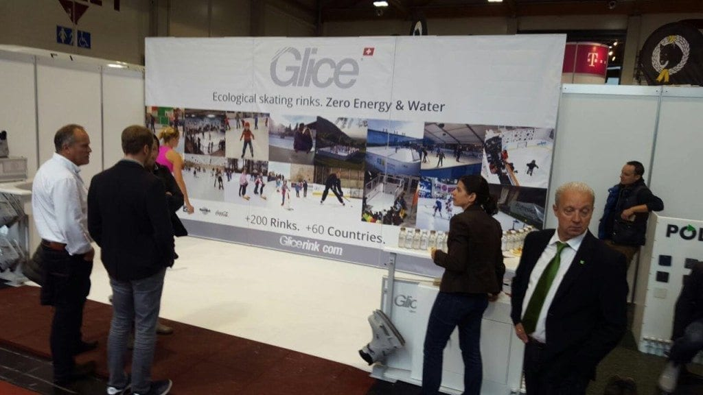 glice-synthetic-ice-team-in-municipal-trade-show-austria-4