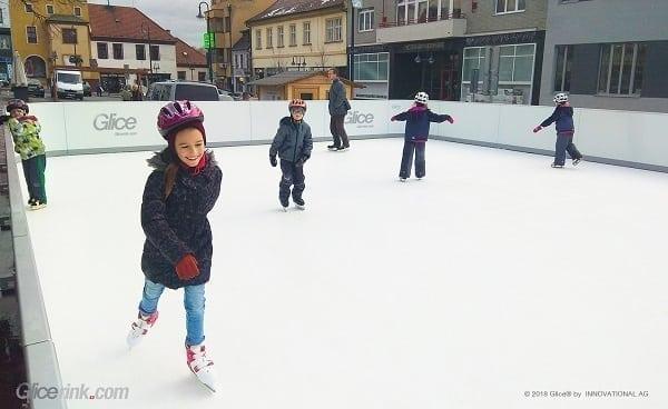 3 Settimane dal Primo Contatto all'Apertura: Pista in ghiaccio sintetico Glice® a Uhersky Brod, Repubblica Ceca