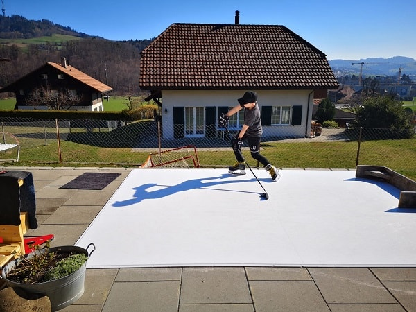 Glice® Artificial Ice Home Pad on Swiss Terrace