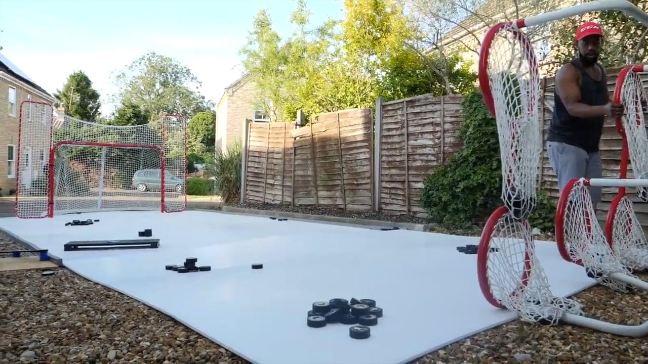 Gliceの新製品である家庭向け合成アイスで、Hockey Tutorialの裏庭にリンクが作られました