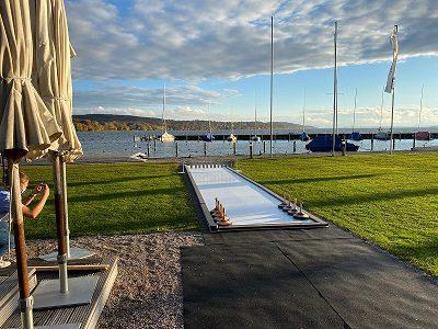 Glice Synthetikeis Eisstockbahnen beim Bayrischen Yacht-Club in Starnberg installiert