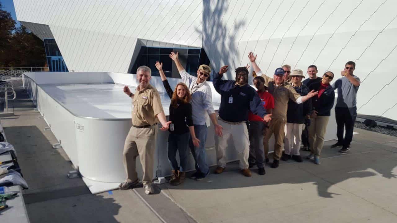 Nuova pista in ghiaccio sintetico Glice® allo zoo di Detroit, nel Penguin Center più grande al Mondo!