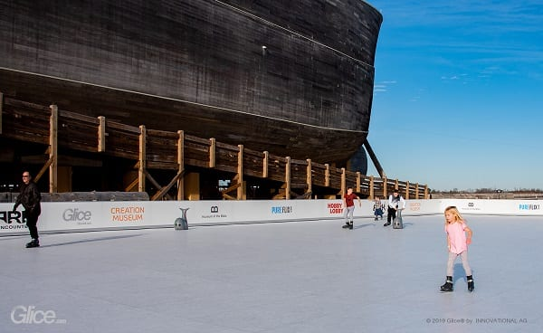 La mayor pista de hielo artificial de Glice® en Norteamérica en Ark Encounter de los EEUU