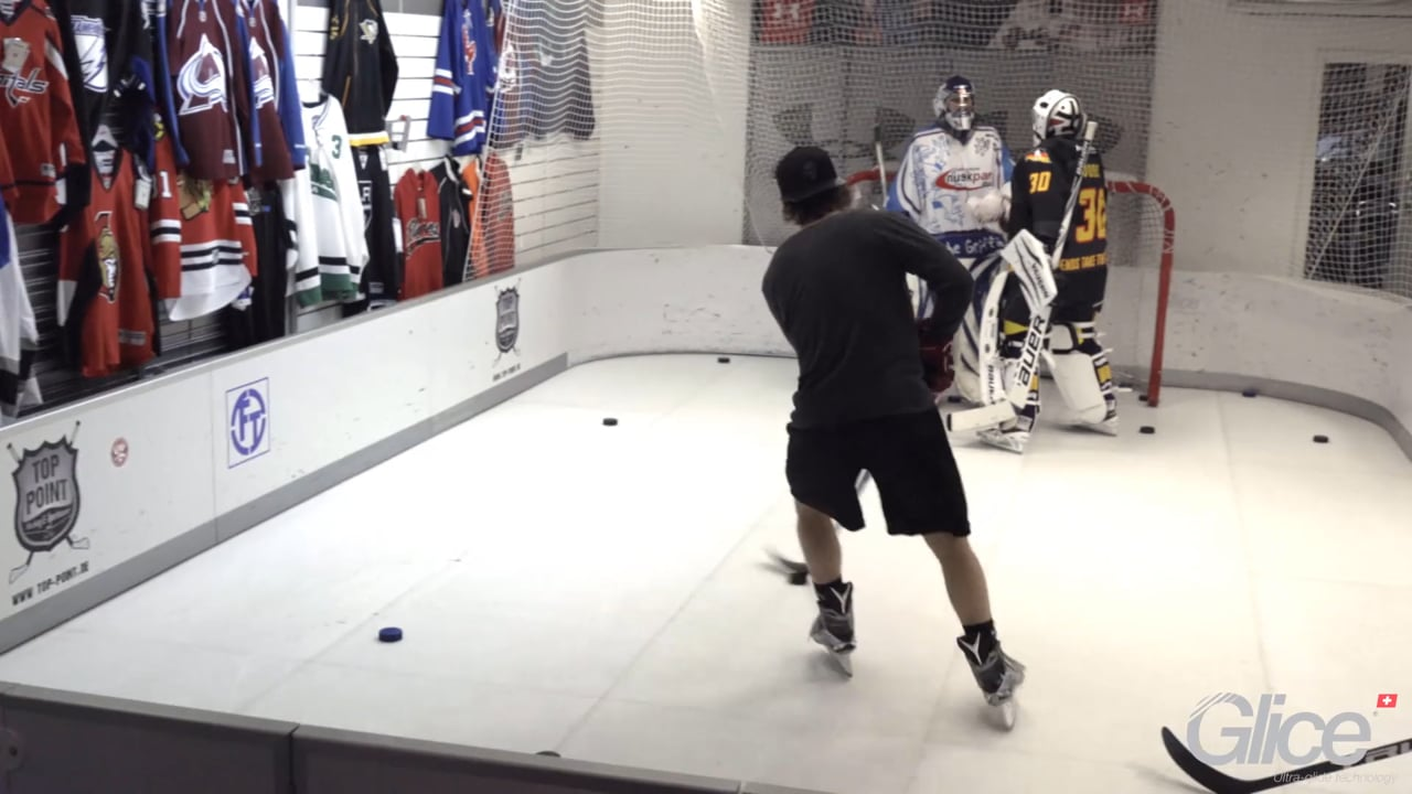 Professional Ice hockey forward tests Glice® premium synthetic ice