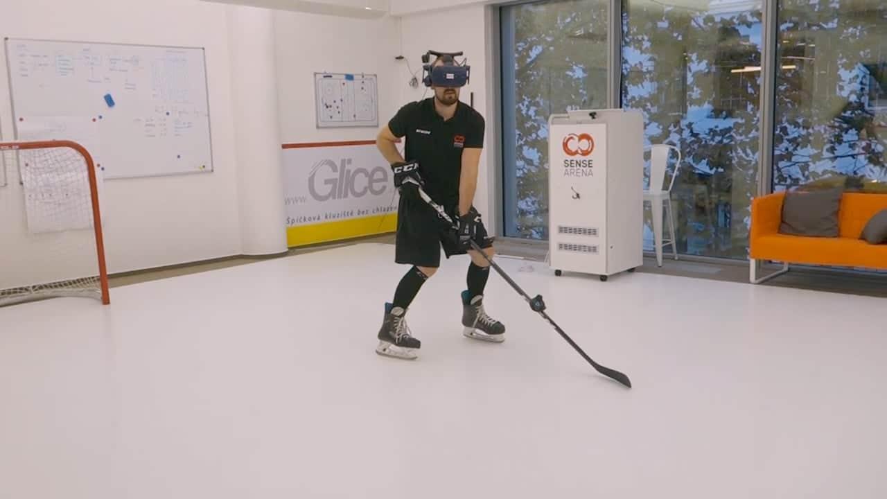 Maximalizujte čas na ledu! Hokejový trénink na menších kluzištích a domácích tréninkových plochách ze syntetického ledu Glice®