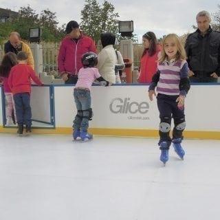 Outdoor plastic ice mini arena