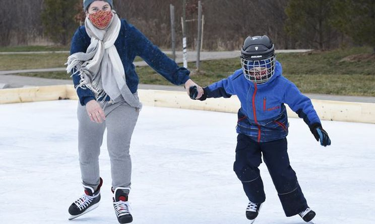 Skate-all-year-round-Glice-Synthetic-Ice