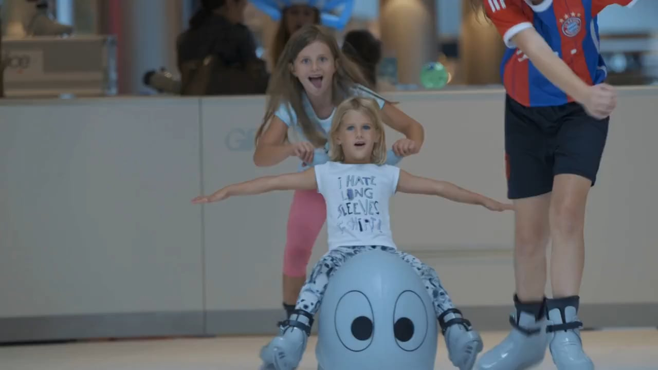 Summer-Smiles Thanks to Winter-Fun: Glice® Synthetic Ice Rink Gives Ice Skating a Lift to the Sunny Season