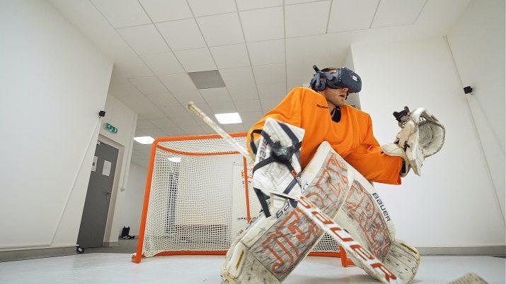 VR Goalie Training on Glice Synthetic Ice at Sense Hockey Brno in Czech Republic